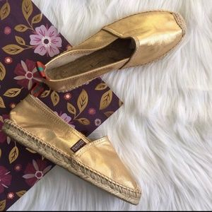 NEW Penelope Chilvers Gold Leather Espadrilles 38